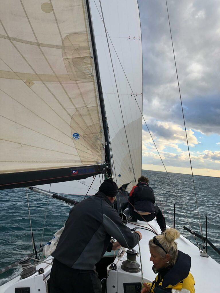 Sportboot/1 Regatta mitsegeln